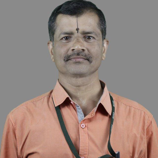 Dr Vishnuvardhan T K