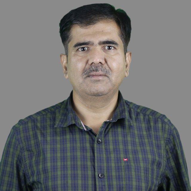 Dr Suresh R