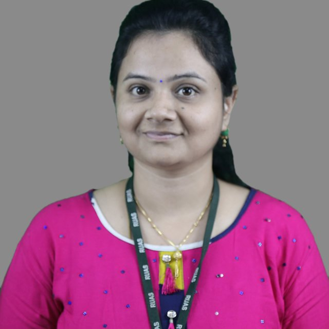 Pavithra R